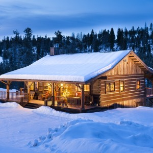 Dovetail log cabin in winter